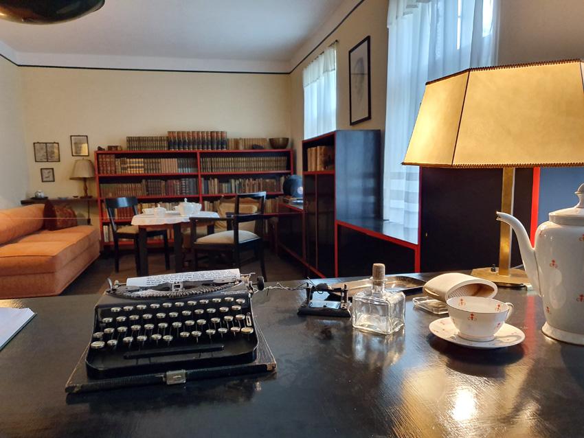 Falladas Schreibmaschine